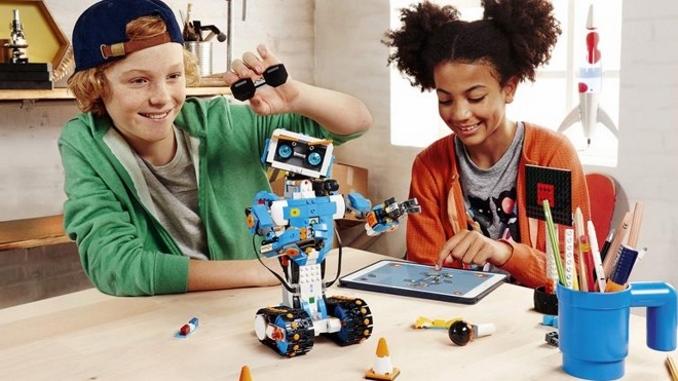 A Guide to LEGO Robotics - Razor Robotics